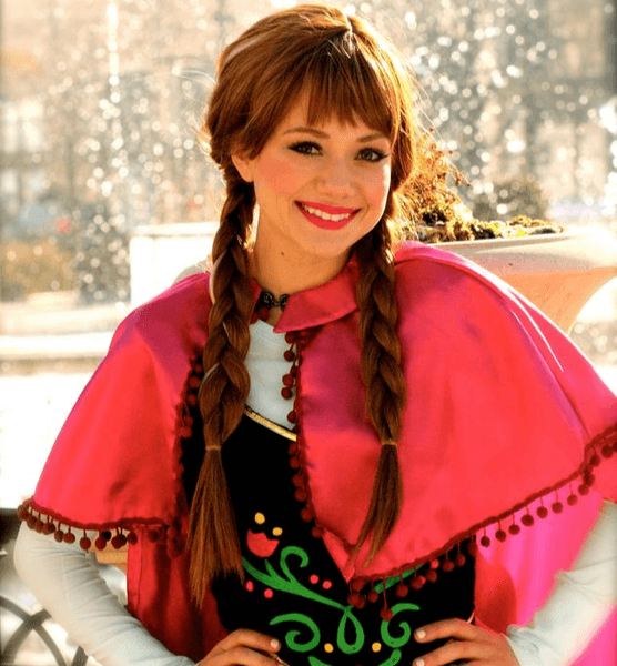 frozen-characters-for-birthday-party-anna