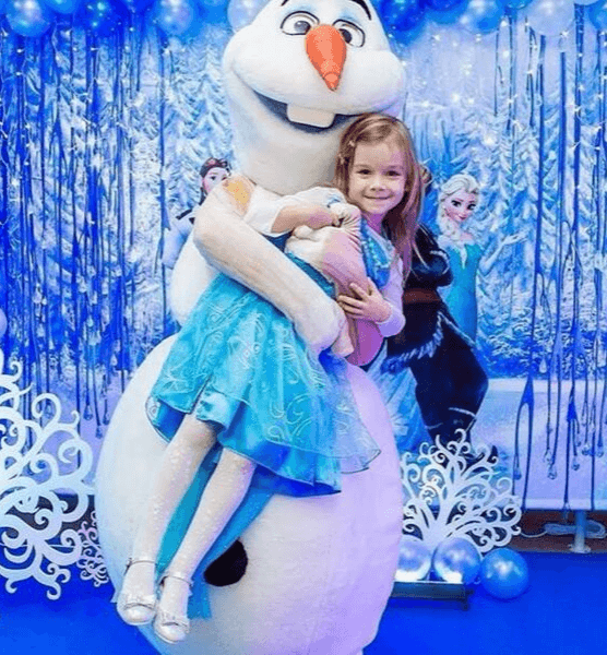 frozen-characters-for-birthday-party-olaf